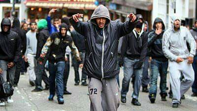 01-Antifas-fascistes.jpg