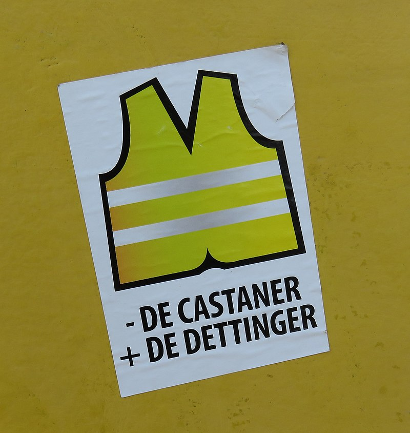 800px-Gilets_jaunes_-_Sticker_-_de_Castaner_2B_de_Dettinger_28mars_201929.jpg