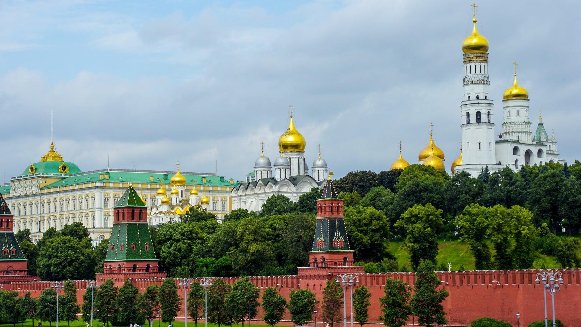 kremlin-3393439_1920.jpg